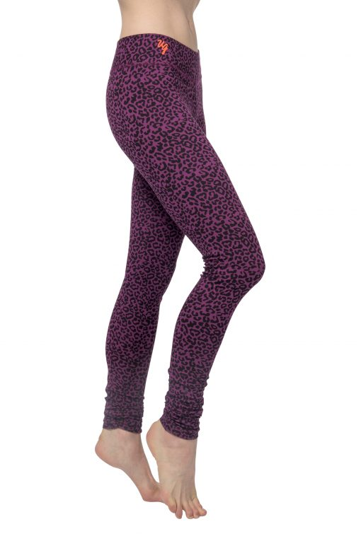 Bhaktified yoga leggings with leopard print - made of organic cotton