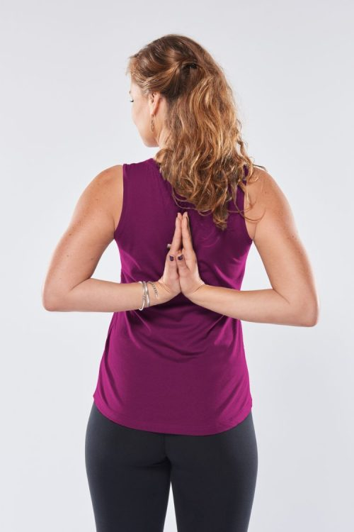 Yoga tank Protection very berry namaste model