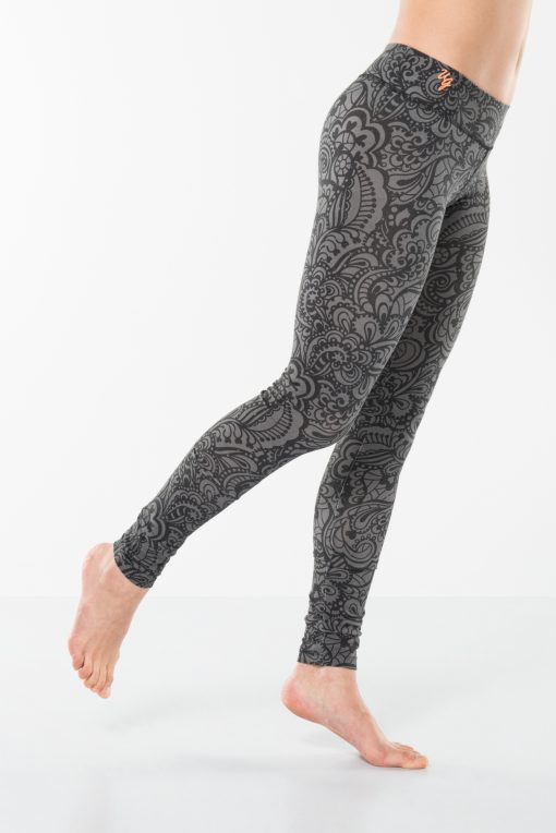 Bhaktified Anjali yoga leggings with print and low waist